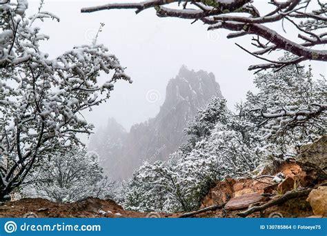 Blizzard At Garden Of The Gods Colorado Springs Rocky ...
