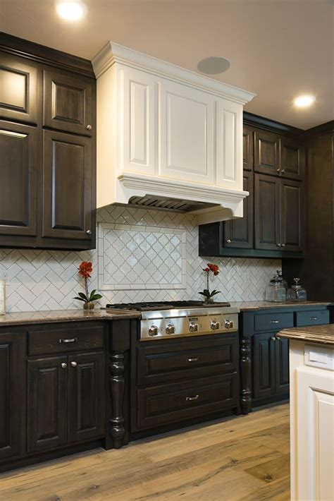 backsplash highland park color antique white