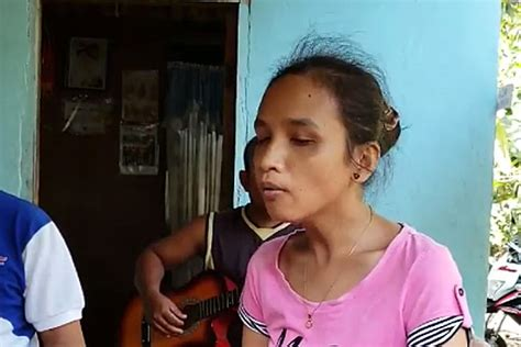 blind girl singing    love   give