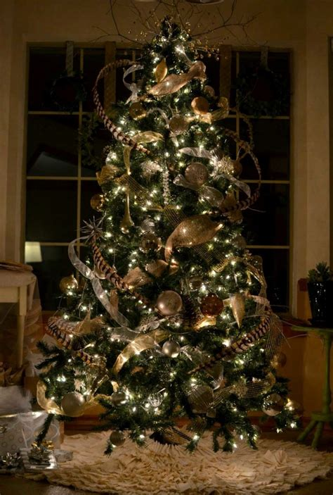 christmas tree decorating ideas 25 best rustic christmas decoration ideas