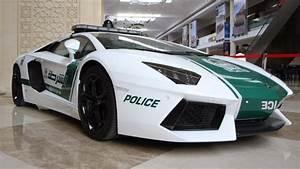 Dubai estrena el primer policía robot del mundo