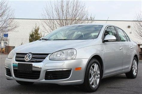 buy  silver  vw jetta  wolfsburg edition