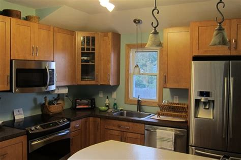 wall kitchen cabinets maple kitchen cabinets kathy s board green 3667
