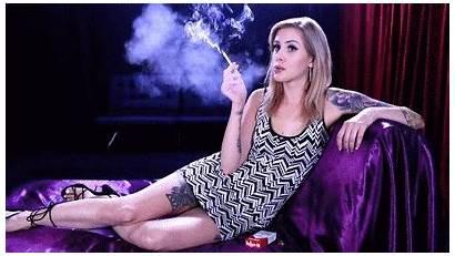 Renae Returns Smokers Usa