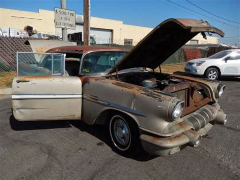 find   pontiac starchief  door hardtop