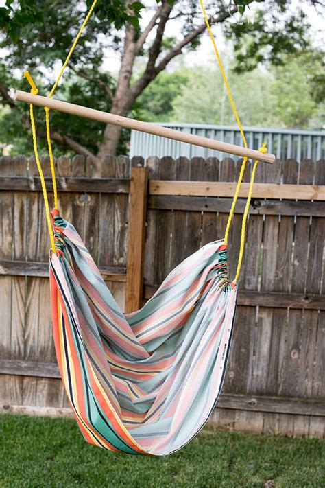 How To Make A Hammock by Diy Hammock Chair Sew Savory