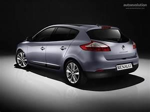 Megane 2008 : renault megane 5 doors specs 2008 2009 2010 2011 2012 2013 2014 autoevolution ~ Gottalentnigeria.com Avis de Voitures