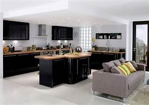 cuisine noire et bois avec ilot revetement en bois ideeco With decoration jardin avec galets 11 couleur cuisine la cuisine blanche de style contemporain