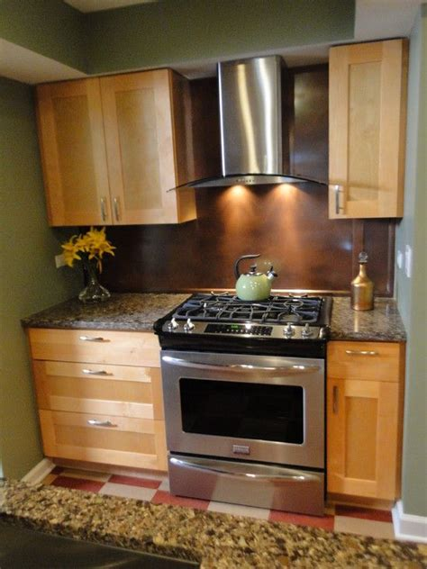 kitchen maple shaker cabinets  stainless steel