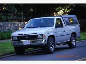 1991 Nissan Pickup Truck D21 Hardbody 2dr 4cyl Oak Bay