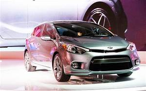 2014 kia forte hatchback first look 2013 chicago auto for Kia forte invoice price