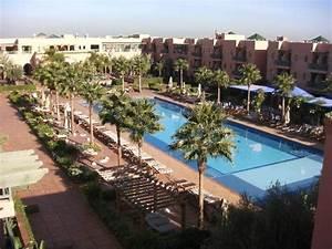 Piscine terrasse picture of hotel les jardins de l39agdal for Les jardins de l agdal