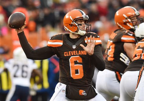 cleveland browns quarterback battle breakdown  edition