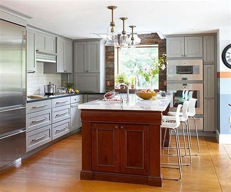 Contrasting Kitchen Islands   Traditional, Cleanses and Colors
