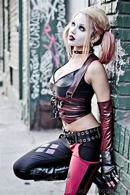 Hot Harley Quinn Cosplay