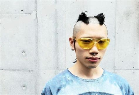 incredible reverse mohawk hairstyles