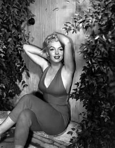 Marilyn Monroe Bilder Schwarz Weiß : die goldenen hollywood schauspielerinnen und ihr stil ~ Bigdaddyawards.com Haus und Dekorationen