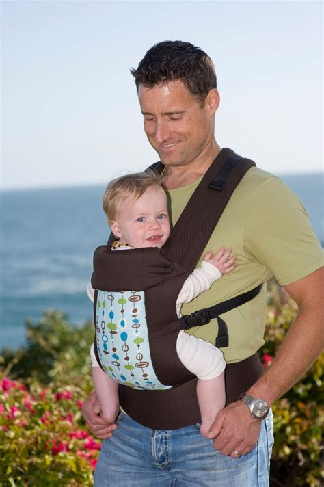 ergo baby baby carrier is there any equipment that can tilt the banjo while