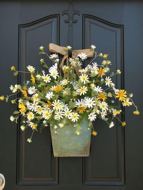 front door decor country cottage decor front door wreath daisies