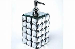 Accessoires Salle De Bain Design : set accessoires salle de bain diamond salle de bain pas cher ~ Melissatoandfro.com Idées de Décoration