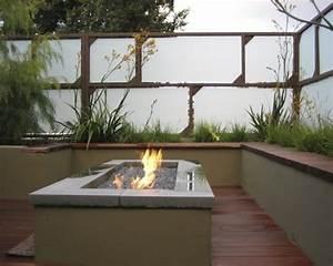 sichtschutz aus glas die neusten tendenzen in 49 bilder With feuerstelle garten mit französische balkone aus glas