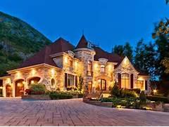 Build The Custom Dream House For Your Life Fantasy Multi Room Castles Castle Inspired Home