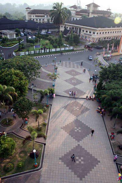 istana bung hatta wikipedia bahasa indonesia
