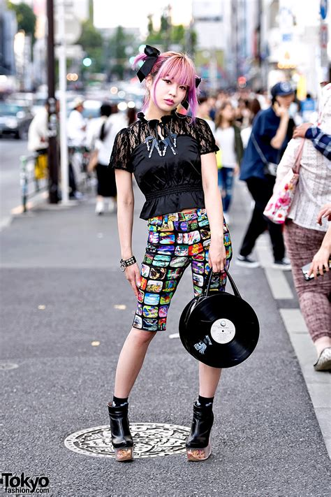 harajuku girl  pink hair  black lace doll heads