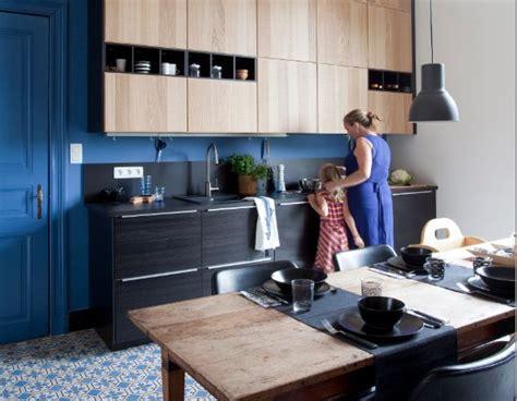 modele de cuisine en bois mod 232 le de cuisine ikea metod avec des fa 231 ades noires