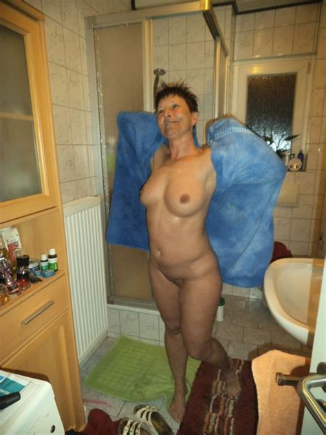 mature porn pictures playful polish wife exposing her old