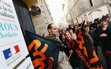 david etudiant homme la rochelle les étudiants boursiers dans l inquiétude sud ouest fr