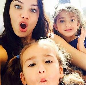 Adriana Lima family: siblings, parents, children, husband