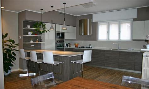 Illuminazione Per Cucine by Illuminazione Cucina Con Penisola Happycinzia