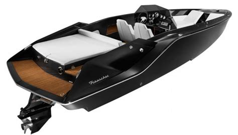 Fantom Boat Works by The Frauscher 747 Mirage Offers Supercar Performance On