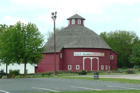 Barn Theatre Schedule by The Barn Theatre Nappanee In Is Open For The 2