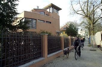 Neues Haus Von Günther Jauch Am 'heiligen See', Potsdam