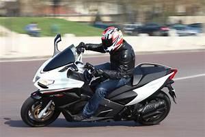 Scooter Occasion Marseille : concessionnaire moto aprilia marseille king moto moto scooter motos d 39 occasion ~ Medecine-chirurgie-esthetiques.com Avis de Voitures