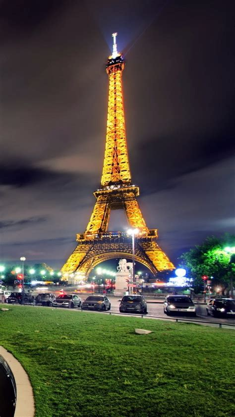 eiffel tower  wallpaper downloadwallpaperorg