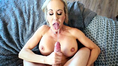 Hot Incest POV Sex With Blonde Mom Culminates With