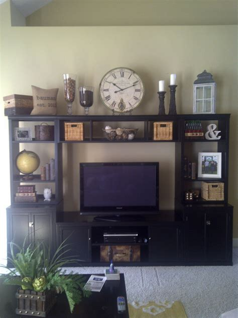 Decorating Ideas For Entertainment Center Shelves by Diy Entertainment Centers Ideas 1723 Decorathing