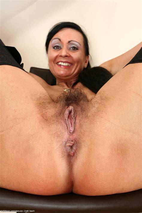 Hairy Mature Women Porn Pics Image 74607