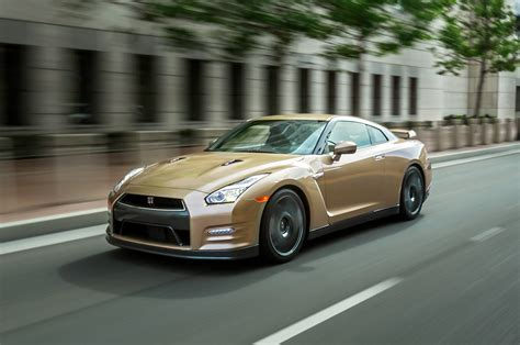 nissan gold 2016 nissan gt r reviews and rating motor trend