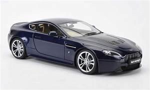 Aston Martin Miniature : aston martin v12 vantage miniature bleu rhd autoart 1 18 voiture ~ Melissatoandfro.com Idées de Décoration