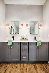 Neutral, Master, Bathroom, With, Pops, Of, Green