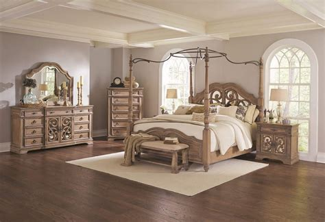 bedroom furniture for 4 coaster ilana canopy bedroom set antique linen