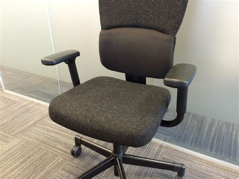 used steelcase let s b ergonomic office chair in black