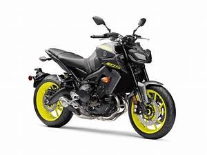 Yamaha Mt09 2017 : 2018 yamaha mt 09 review total motorcycle ~ Jslefanu.com Haus und Dekorationen