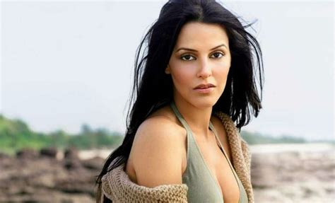 Neha Dhupia Height Weight Age Affairs Wiki And Facts
