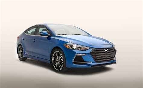 Hyundai Elantra Hp by 2017 Hyundai Elantra Sport Comes With 200 Hp 6 Speed Manual