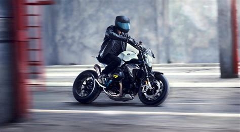 Bmw Motorrad Concept Roadster Is Boxer Ducati-fighter